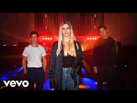 London Grammar - Baby It's You in the Live Lounge