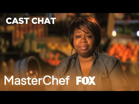 Extra Helping: Apple Challenge | Season 2 | MASTERCHEF