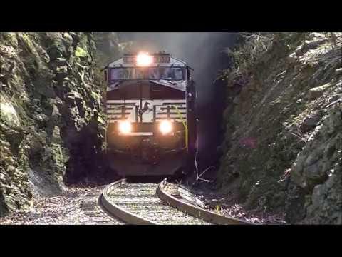 NS 187 NS 8150 @ Oak Tunnel Leeds AL 3-12-17