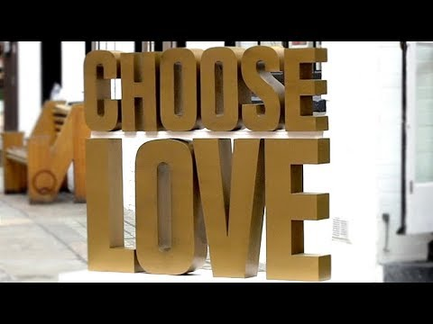 Christmas shop for refugees at Choose Love pop-up store