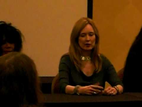 Italian Horror Actress Panel at Chiller Theatre 41710