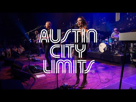 """Jason Isbell & the 400 Unit on Austin City Limits """"If We Were Vampires"""""""