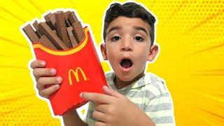 LUCAS e uma HISTÓRIA sobre a MÁGICA DO CHOCOLATE - McDonald's MÁGICO - CAIXA MÁGICA  Happy Meal