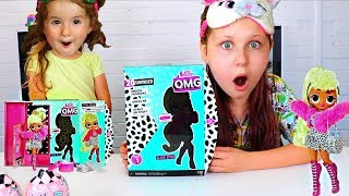 Ruby and Bonnie Pretend Play Opening LOL Surprise OMG Fashion Doll