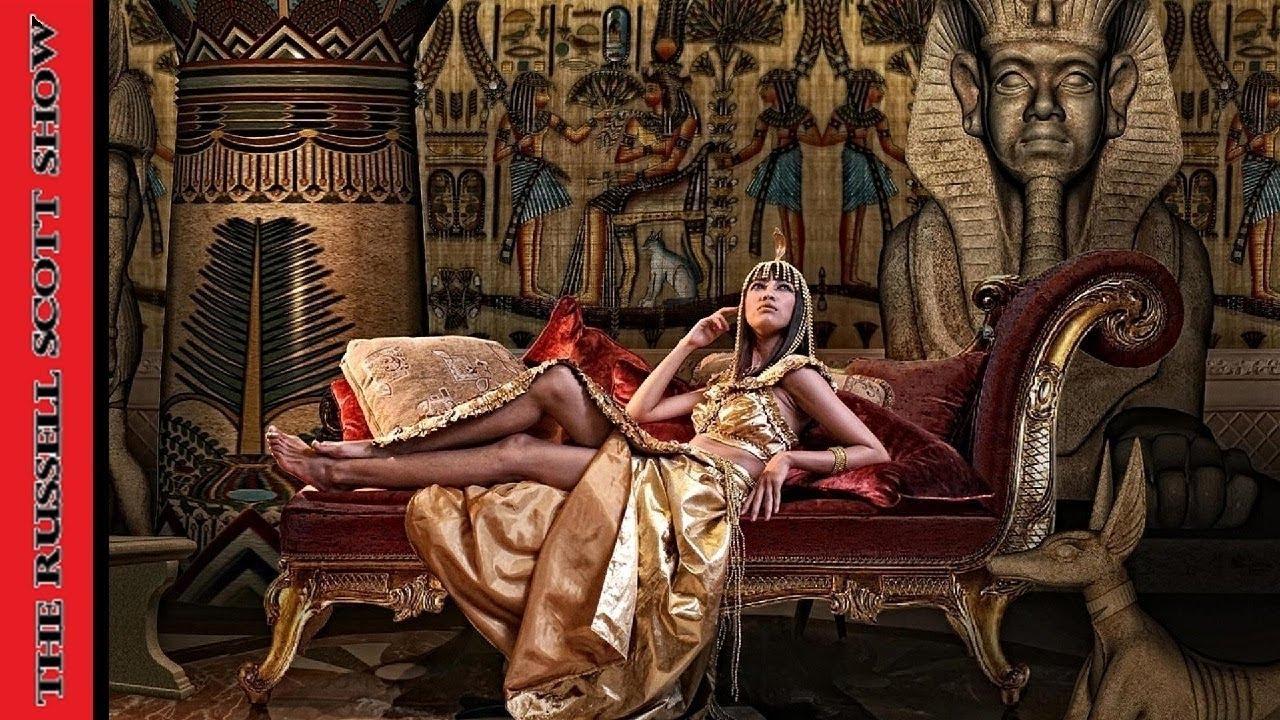 The Secret History Of Cleopatra The Last Pharoah With -1732