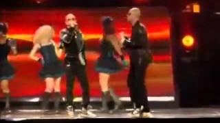 Wisin & Yandel - Besos Mojados (La Revolución: Live)