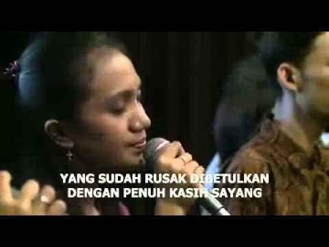 20131010 Di Tengah Ombak   Graha Bethany Nginden Surabaya