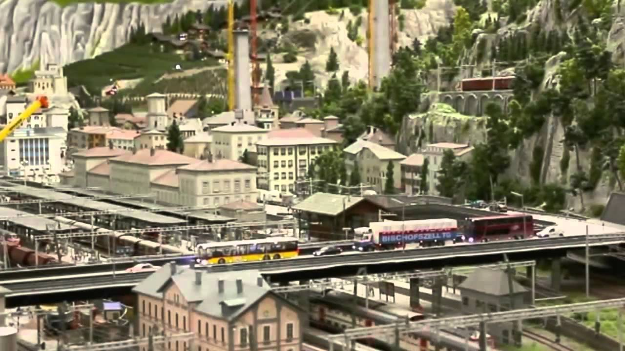 CTV.BY: Самая большая игрушечная железная дорога - YouTube