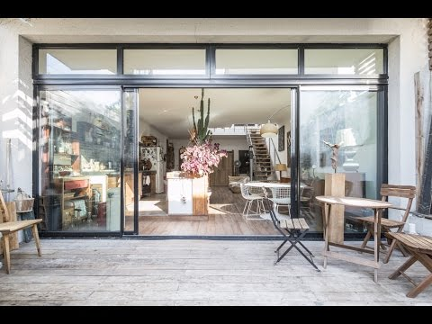 maison loft avec jardin et toit terrasse espaces atypiques youtube. Black Bedroom Furniture Sets. Home Design Ideas