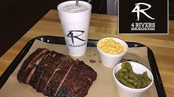 Trying 4 Rivers Smokehouse in Orlando! (Food Review & Tour) | BrandonBlogs