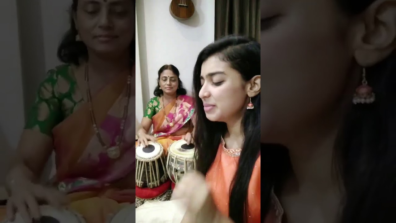 Best jugalbandi of mother and daughter #Song