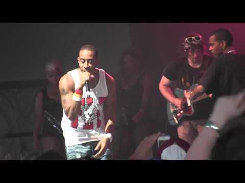 "LUDACRIS - ""What's Your Fantasy"" Live at Bonnaroo 2012"
