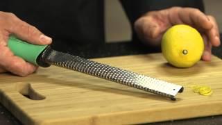 Technique de cuisine:  zester un citron
