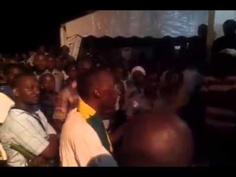 #Gabon - Pourquoi le peuple retenait le corps de AMO à Libreville - 1er Mai 2015