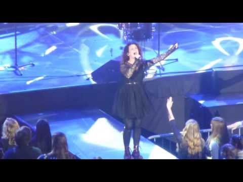 Need You Now - Plumb [Live in Concert] mp3
