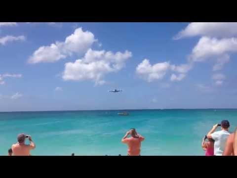 KLM 747 Landing TNCM SXM Maho Beach