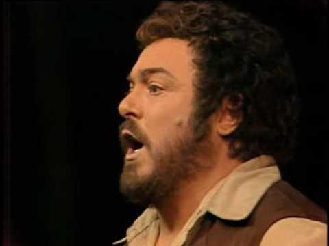luciano-pavarotti-quanto-e-bella-quanto-e-cara-l-elisir-d-amore-liva