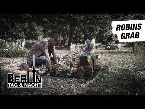 Robins Grab #1793 | Berlin - Tag & Nacht