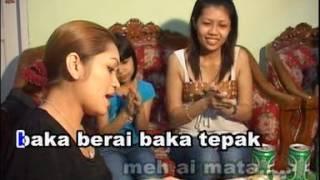 Betty MERINDANG ATI TI BALAT RIINDU.mp3