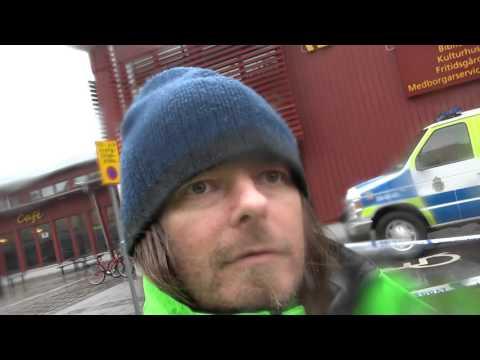 Peter Ahlborg besöker Kronan där två personer har avlidit under dagen