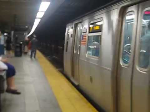 R160 (R) Train at Jackson Heights- Roosevelt Avenue