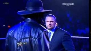 WWE RAW 30/1/2012 Undertaker Returns and interrupts Triple H