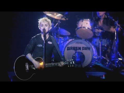 green-day-rock-band-extras---21-guns-live