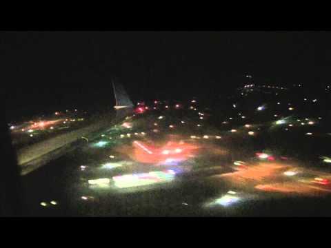 Sky West CRJ-200 Evening Landing at Palm Springs International Airport