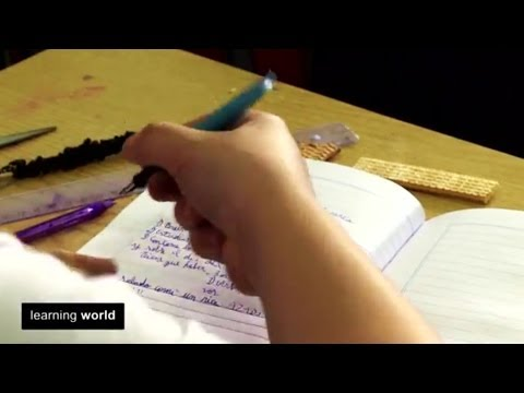 Homework in Argentina: A Helping Hand (Learning World S4E1, 3/3)