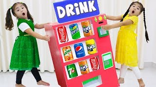Suri & Annie Pretend Play with Giant Vending Machine Soda Dispenser