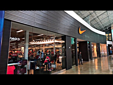 Nike Outlet Store In A Mall...Strange 🤔