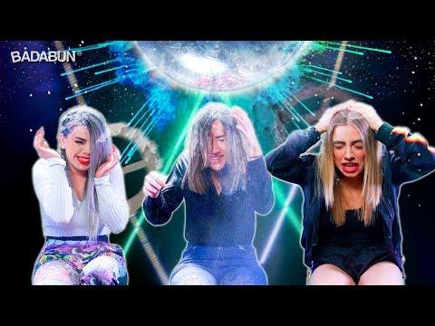 YouTubers mujeres VS El Globo explosivo