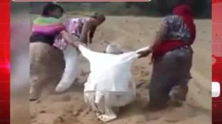 पोती और बहु ने ससुर के साथ किया शर्मशार करने वाली घटना