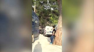 Migrants Deportation From Samos Island in Greece(This video has been uploaded with the permission of the content owner for Storyful's subscription clients. To obtain a Storyful subscription, contact ..., 2016-04-08T14:18:38.000Z)