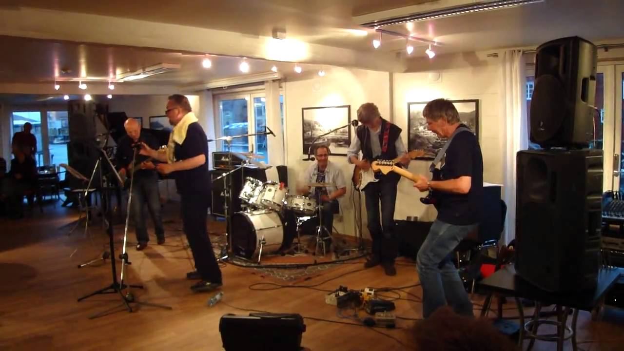 Second floor band youtube for 17th floor band