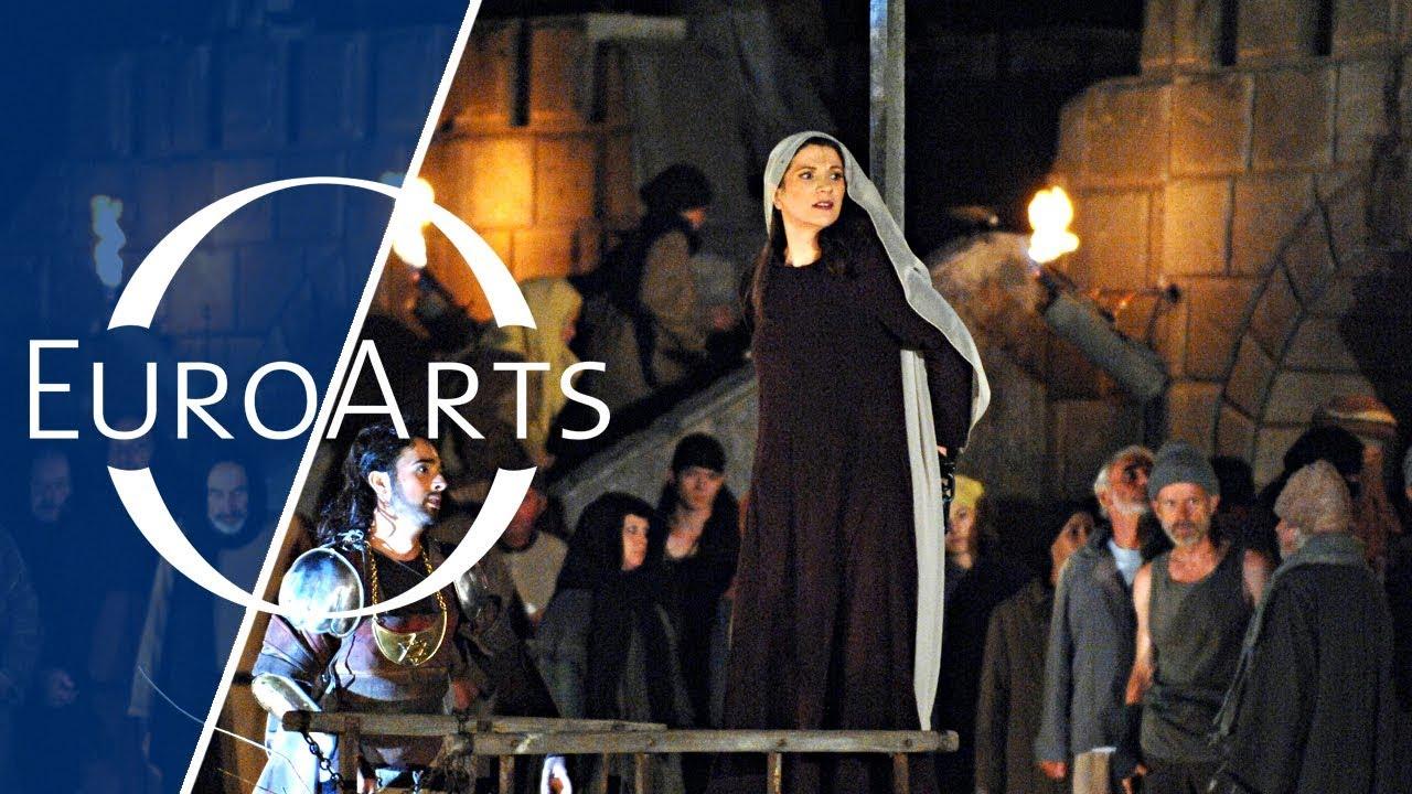 Download Giuseppe Verdi: Nabucco - The story of a King who proclaiming himself God (2007)