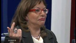 Mine Kirikkanat & Kemal Kiliçdaroglu - Ulusal Kanal 06/01/12 (4)