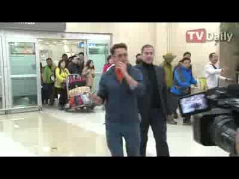 Robert Downey Jr. in South Korea for Iron Man 3 Press Tour