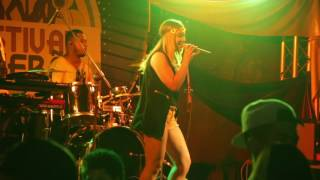Wynnie Nogueira live at festival de verão Amsterdam