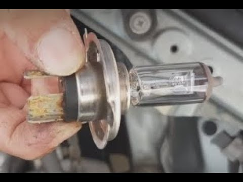 Toyota Rav4 2003 How To Replace Headlight