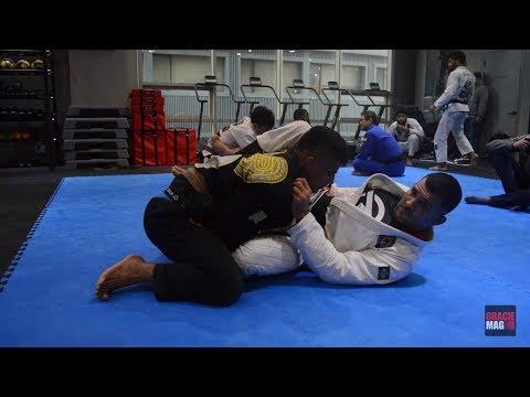 Rodolfo Vieira e sua guarda afiada em treino na Coreia do Sul