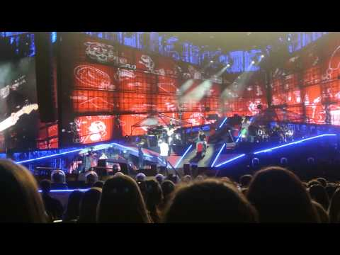 One Direction singing Cry Me A River by Justin Timberlake - 8/913
