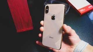 Gambar cover Apple iPhone XS Gold 64GB Unboxing