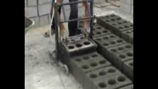 Изготовление строительных блоков на вибростанке(, 2013-03-09T14:05:37.000Z)