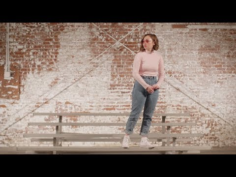 Mxmtoon - I Feel Like Chet (official Video)