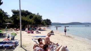 Пляж в Вурвуру, Халкидики(Это часть пляжа в Вурвуру ближе к порту. Ситония, Хлкидики, Греция., 2014-07-10T13:30:28.000Z)