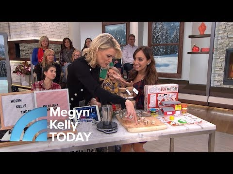 How To Buy A Secret Santa Gift On A Budget | Megyn Kelly TODAY