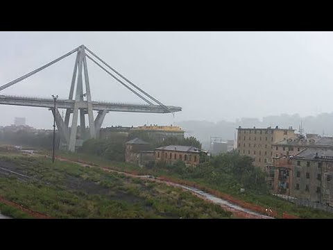 فرانس 24:'Immense tragedy' as Genoa motorway bridge collapses