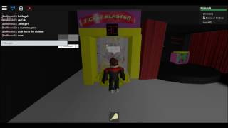 Emilio plays roblox Five nights ts chuck e cheese -scary