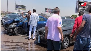 شلل مروري أعلي محور ٢٦ يوليو نتيجة تصادم ٣ سيارات